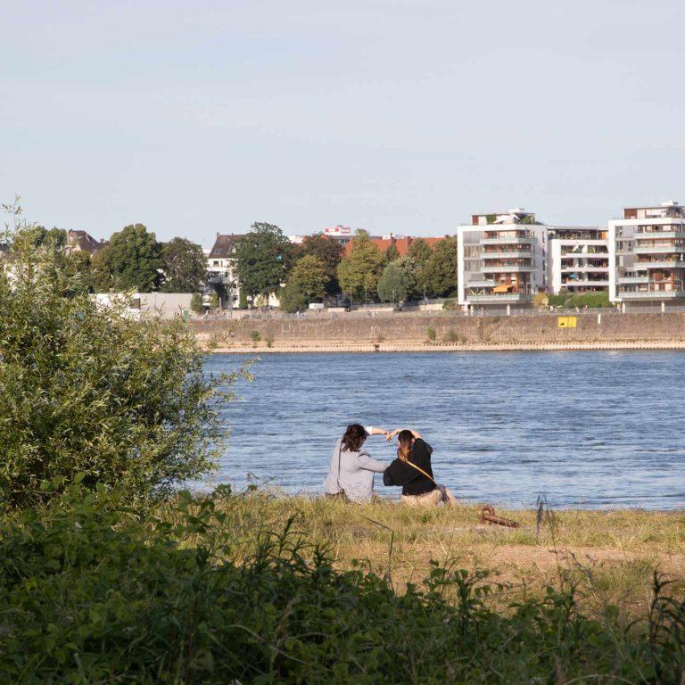 Ein Herz am Rhein